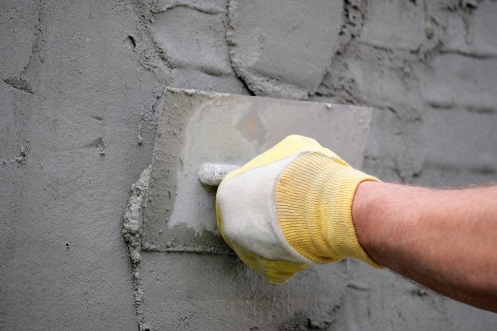 штукатурка поверхностей внутри здания цементным раствором
