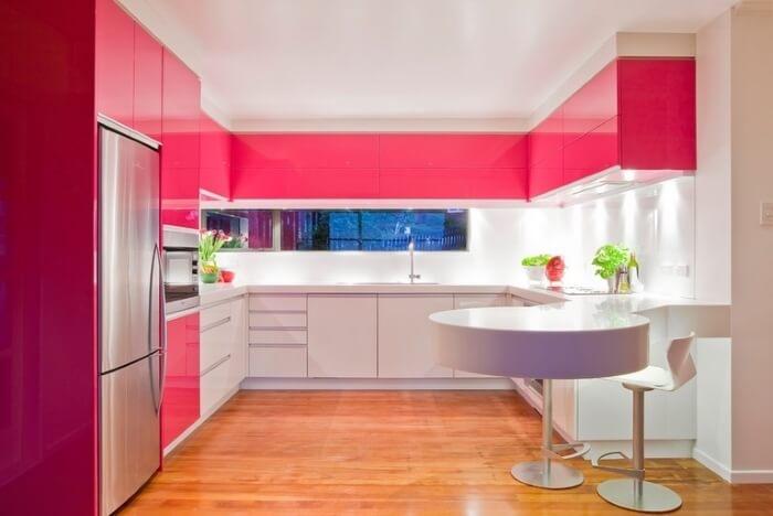 интересная цветовая гамма кухни
